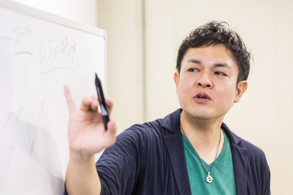 無名の個人起業家から人気セミナー講師になるための3つの習慣
