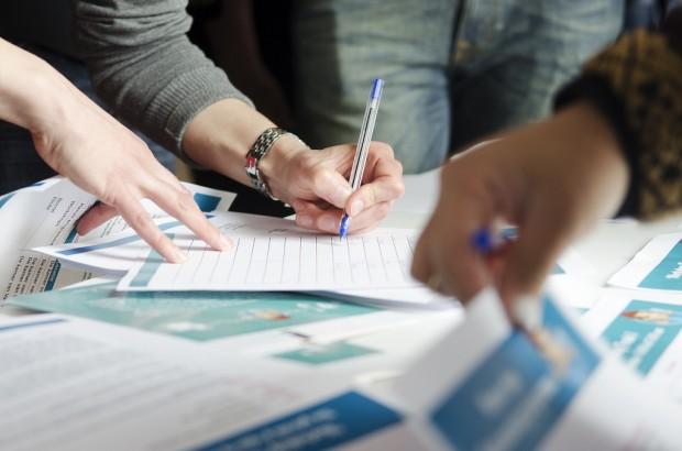 個人起業でセミナー講師としてお金を生み出す3つのステップ