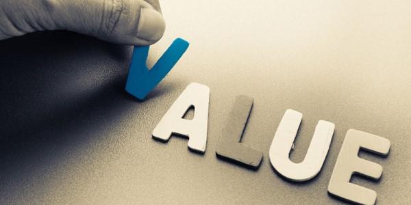 現状維持を目指すと衰退し、価値を高めると現状を抜け出せる